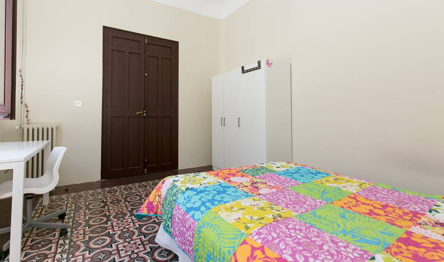 Beautiful single Room at Centre