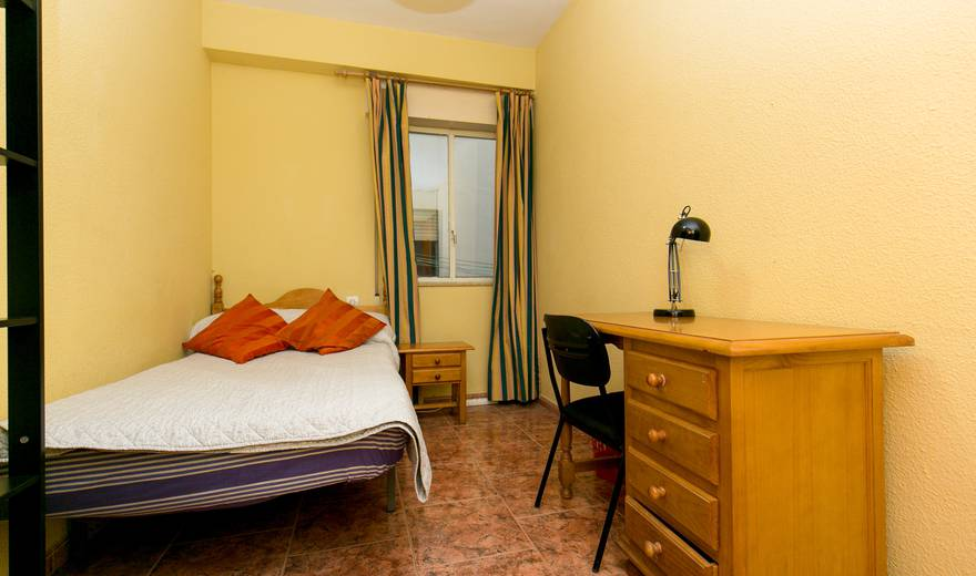 Cosy single Room at Centro