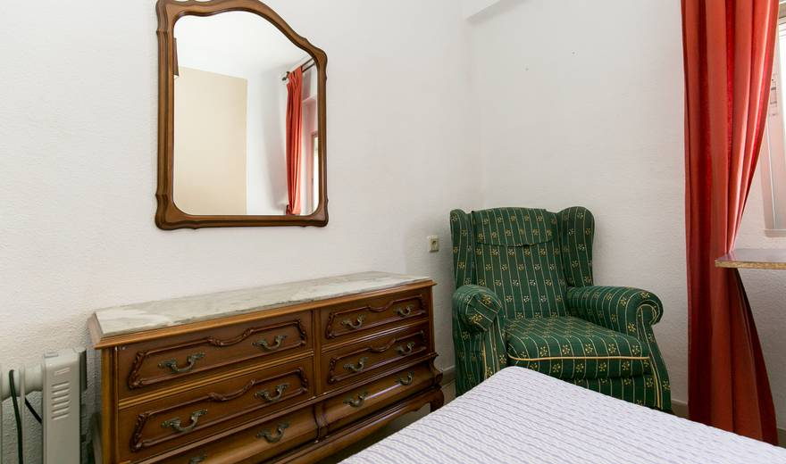 Excellent single Room at Plaza De Toros