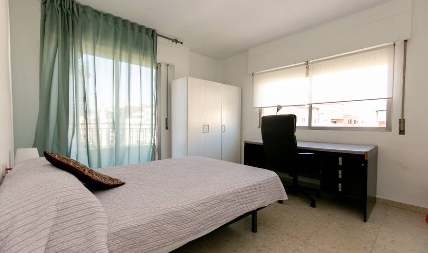Cozy double Room at Camino De Ronda